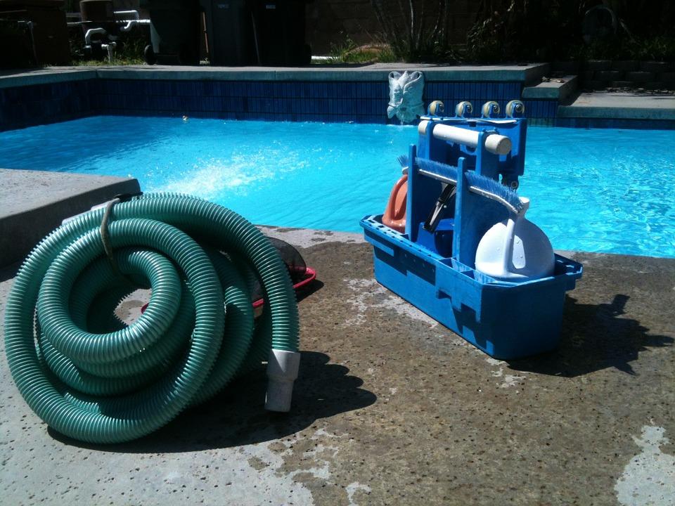 Een dompelpomp kopen voor het leegpompen van een zwembad